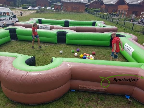 Buiten poolvoetbal spelen