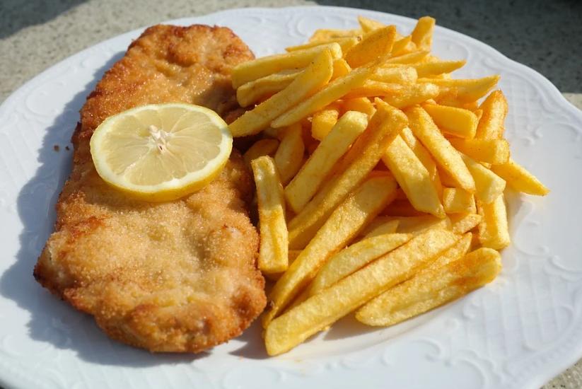 Schnitzel is een van de opties bij de daghap van het Noasman